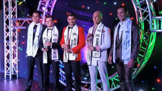 The winner Mister Puerto Rico with the rest of the top 5
