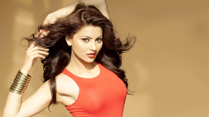 urvashi-rautela-new-wallpapers