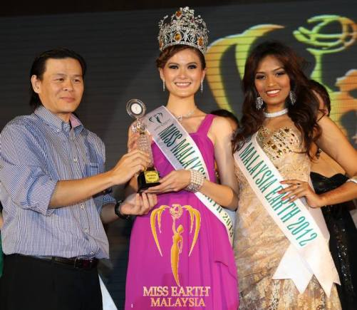 Josephine as Miss Malaysia Earth 2013