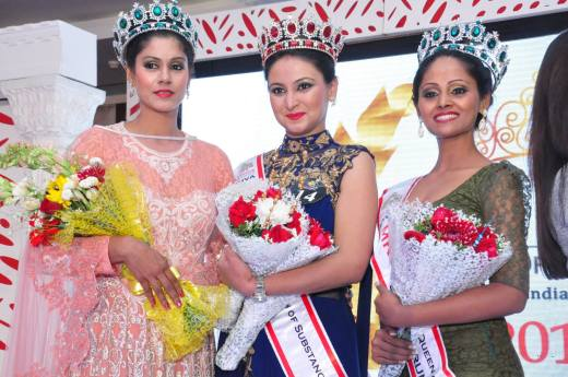 Sneha Shergill-Winner (Centre) Mrs India Queen of Substance 2016 from Bangalore, Nerissa Sampey - First Runner Up (Left) from Mumbai and Archana Nagbhushanam -Second Runner Up (Right) from Goa