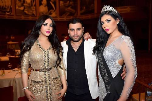 Riem (right) with Miss Middle East 2015 (left)