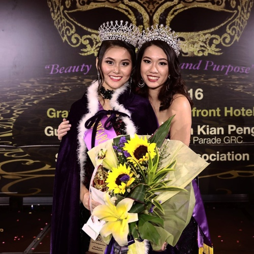 Newly crowned Miss Supranational Singapore 2016 Ischelle Koo with Miss Suprantional Singapre Sharon Nadine