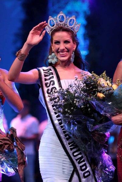 Miss Earth Panama -Virginia Hernandez during Miss Panama Mundo 2015. She won the contest and represented Panama at Miss World 2013.