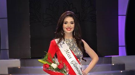 Diana Croce winning Miss Glamour 2016 title at Miss Venezuela 2016