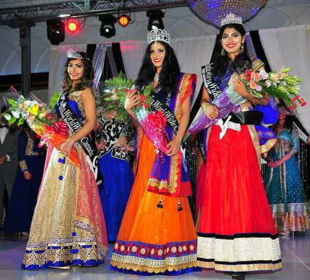 Elizabeth (Right) as Miss India Worldwide Canada 1st Runner up