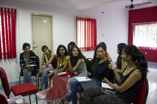 Queens And Crowns girls have blast at Makeover training