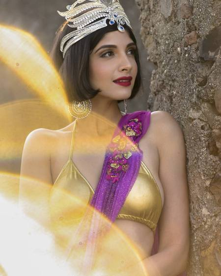 miss-globe-2016-dimple-patel
