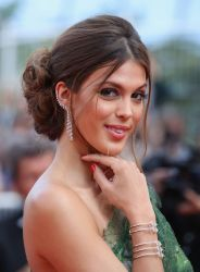 iris-mittenaere-at-the-beguiled-premiere-at-70th-annual-cannes-film-festival-05-24-2017