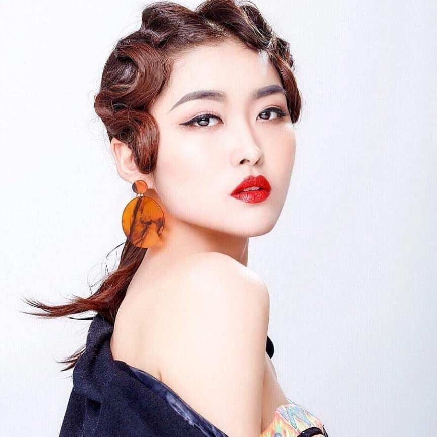 rosie xin zhu is miss universe china 2019